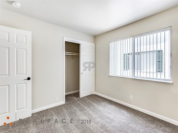 460 N. Humboldt St. #1 1 Bed Apartment for Rent Photo Gallery 1