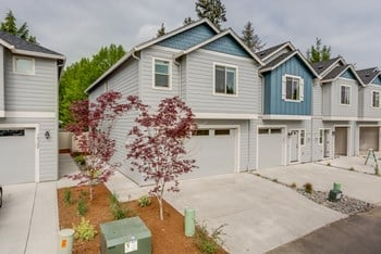 NE 61St Circle 3 Beds Townhouse for Rent Photo Gallery 1