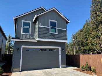 5828 NE 56Th Place 3 Beds House for Rent Photo Gallery 1