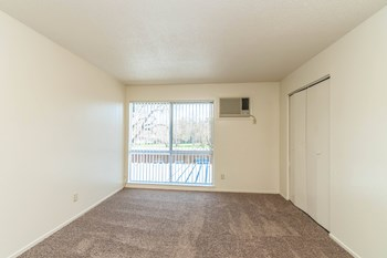 3902 Annadale Ln. 3 Beds Apartment for Rent Photo Gallery 1