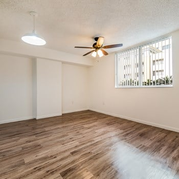 1250 NW 21St Street 1-3 Beds Apartment for Rent Photo Gallery 1
