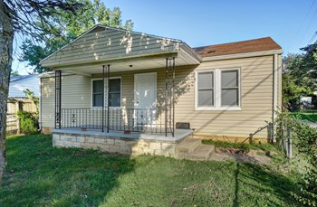 2658  N Fremont Ave 2 Beds House for Rent Photo Gallery 1