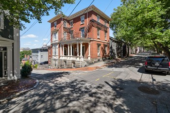 110 Benefit Street Studio Apartment for Rent Photo Gallery 1