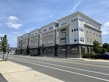 375 Rantoul Street 1-2 Beds Apartment for Rent Photo Gallery 1