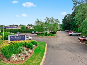 1355-1357 Wampanoag Trail Studio-2 Beds Apartment for Rent Photo Gallery 1