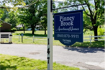 144-147 Pinney Street 1 Bed Apartment for Rent Photo Gallery 1