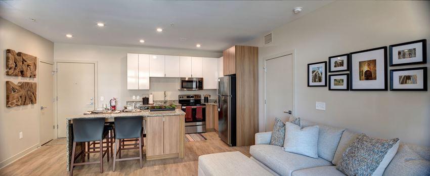 Luxury Apartments in Downtown Kalamazoo, MI - 400 Rose