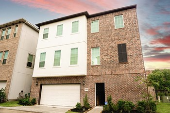 Billfish Blvd 3-4 Beds House for Rent Photo Gallery 1
