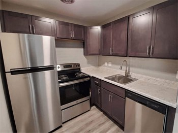 309 Crystal Avenue 1 Bed Apartment for Rent Photo Gallery 1