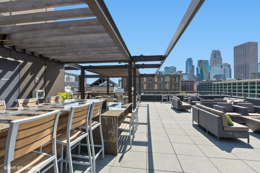 Rooftop Patio with a Stunning View of Downtown