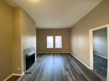 1816 N Halsted Street 1-3 Beds Apartment for Rent Photo Gallery 1