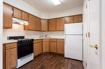 14534 Old Courthouse Way 1-2 Beds Apartment for Rent Photo Gallery 1
