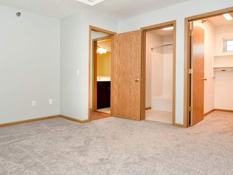 the pine bedroom, closet and bath