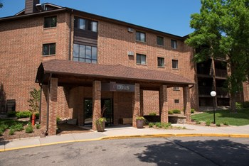 13670 Valley View Road 2 Beds Apartment for Rent Photo Gallery 1