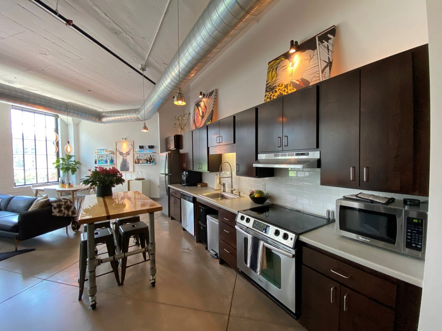 Gurley Lofts one bedroom kitchen