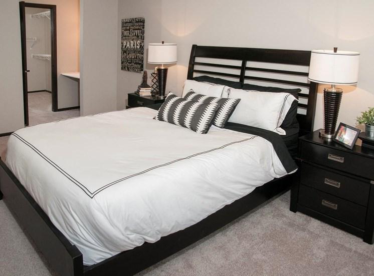 Live in Cozy Bedrooms at Eden Glen, Minnesota, 55344