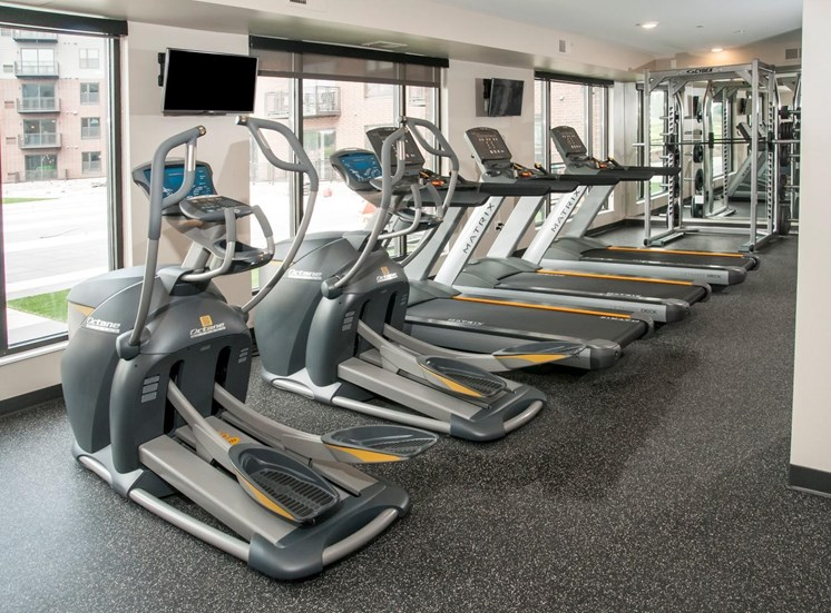 Fully Equipped Fitness Center at Martin Blu, Minnesota, 55344