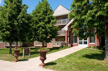 200 Nathan Lane 1-2 Beds Apartment for Rent Photo Gallery 1
