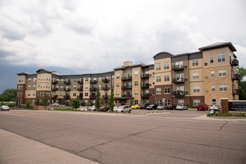 9731 Minnetonka Blvd 1-2 Beds Apartment for Rent Photo Gallery 1