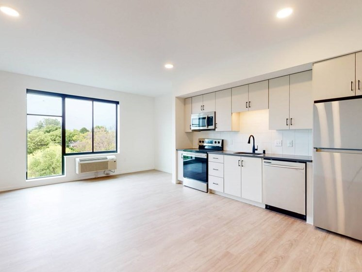 Spacious Kitchen at The Hill Apartments, Minnesota, 55103