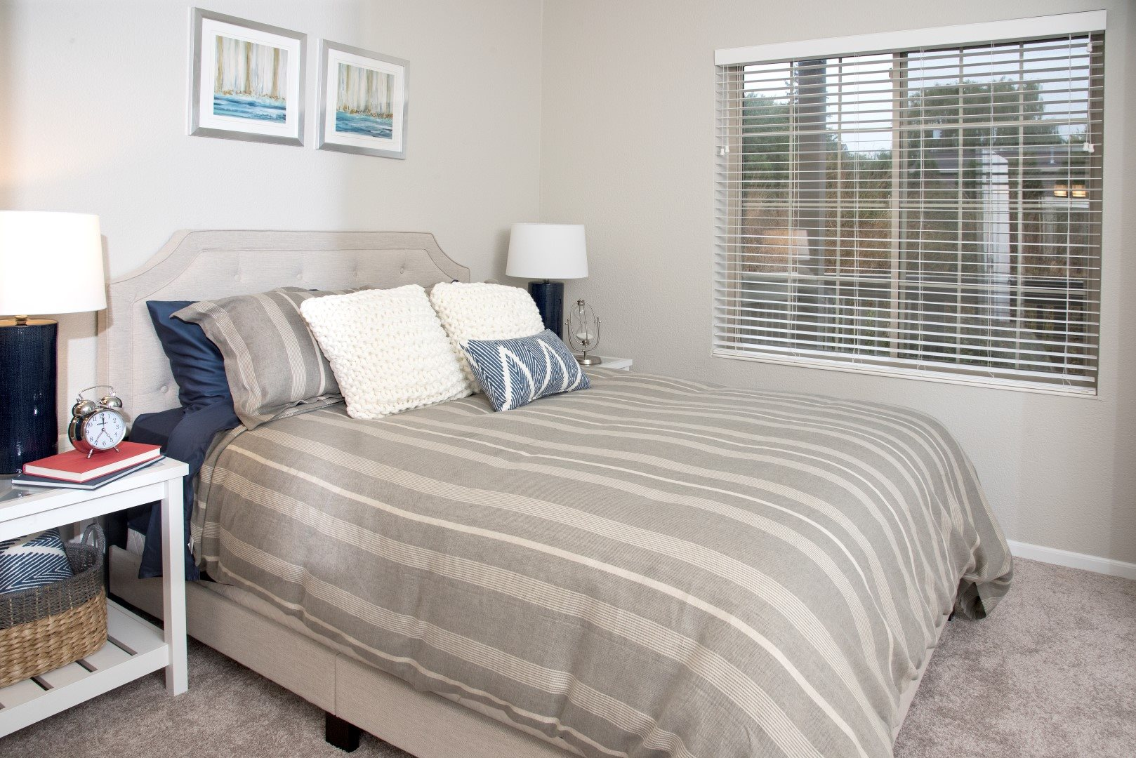 Minnetonka_MN_WaterstonePlace_Lake_Bedroom