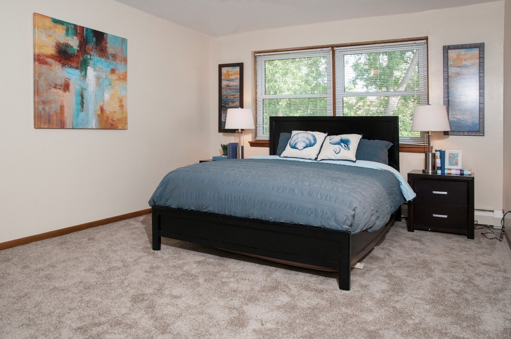 2416 Blaisdell apartments uptown large bedroom
