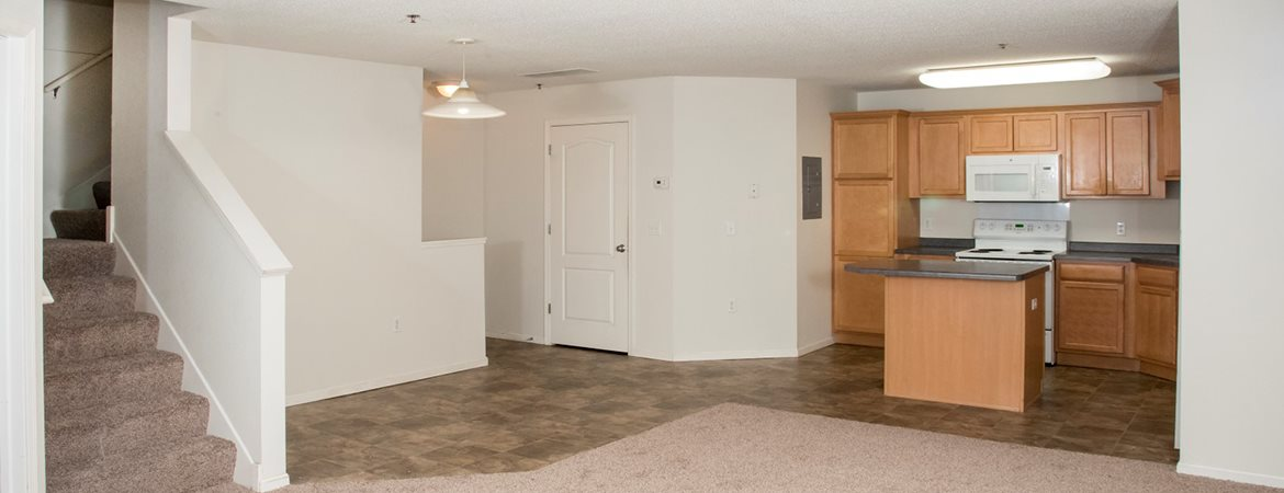 Wyngate Townhomes | Apartments in Maplewood, MN on