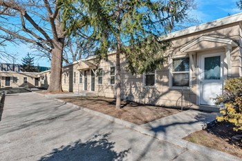 307 N 9Th ST 1-2 Beds Apartment for Rent Photo Gallery 1