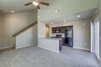 1835 Harrison ST N 2 Beds Townhouse for Rent Photo Gallery 1