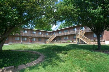 9811 Lilac Drive, Apt. B 1-2 Beds Apartment for Rent Photo Gallery 1