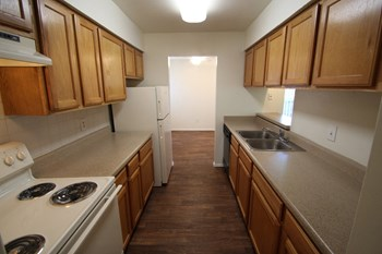 5757 Preston View Blvd 1-3 Beds Apartment for Rent Photo Gallery 1