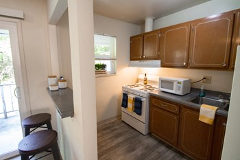 1165 Hillcrest Road 1 Bed Apartment for Rent Photo Gallery 1