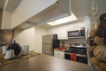 10951 Stone Canyon Road 1-2 Beds Apartment for Rent Photo Gallery 1