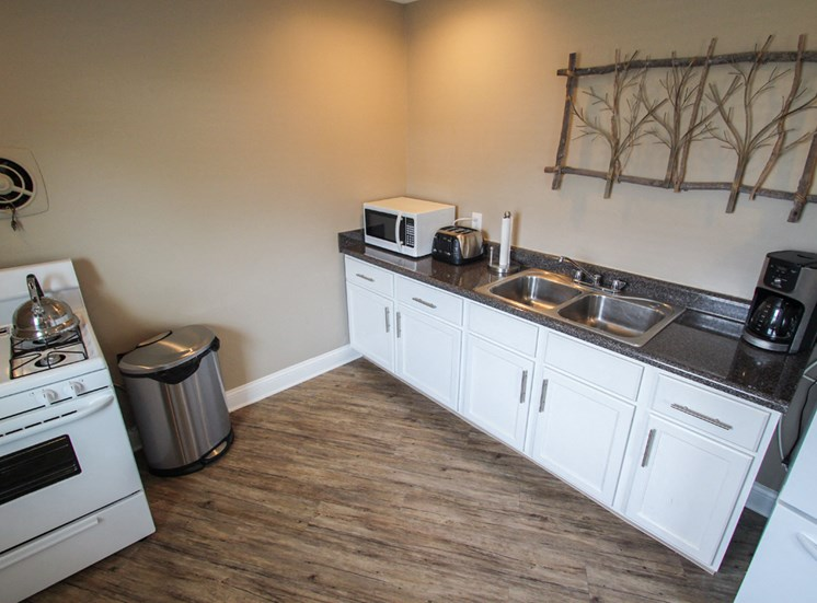 This is a photo of the kitchen in the resident clubhouse at Compton Lake Apartments in Mt. Healthy, OH.