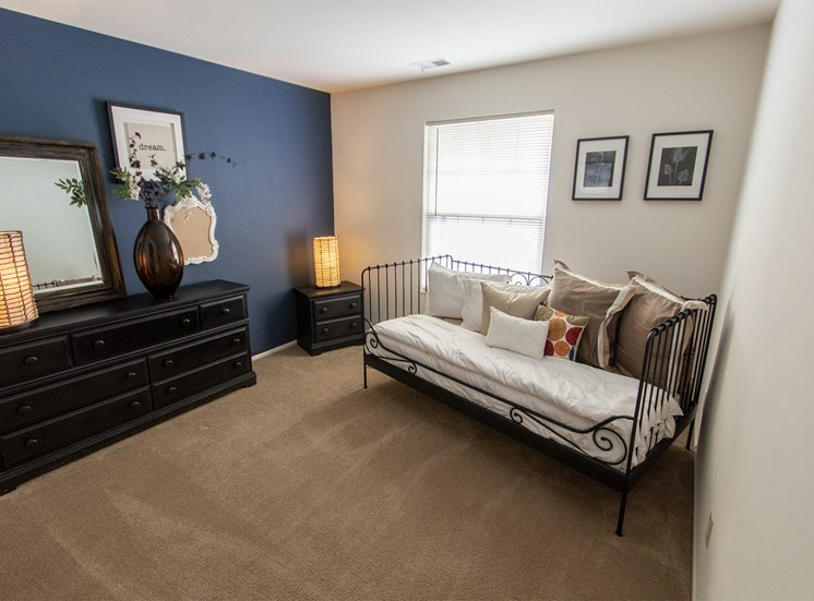 This is a picture of the seond bedroom in the 980 square foot, 2 bedroom model apartment at Fairfield Pointe Apartments in Fairfield, Ohio.