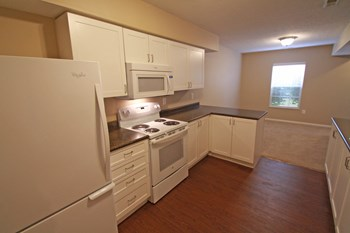 8801 Motter Lane 1-2 Beds Apartment for Rent Photo Gallery 1