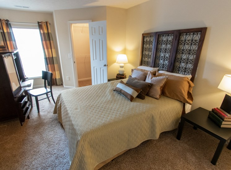 This is a photo of the second bedroom in the 1016 square foot, 1016 square foot,  2 bedroom Nautica floor plan at Nantucket Apartments in Loveland, OH.