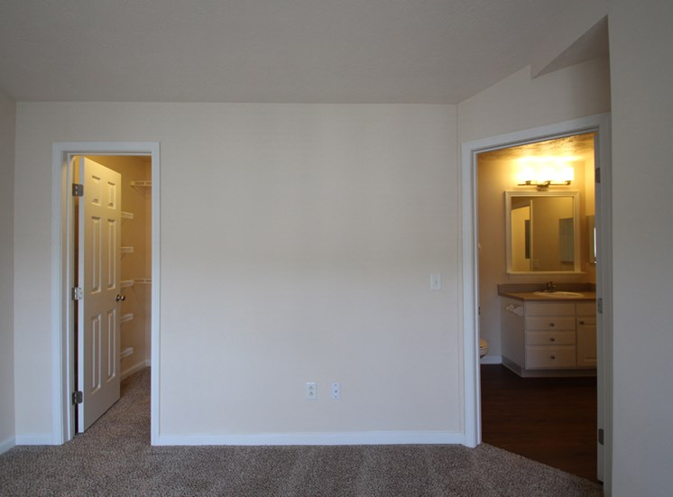 This is a photo of the bedroom in the 1 bedroom Patriot floor plan at Nantucket Apartments in Loveland, OH.