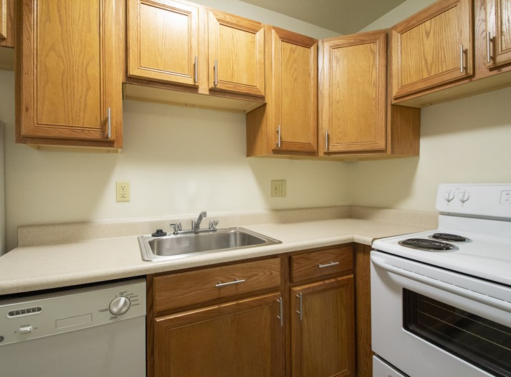 This is a photo of the kitchen in a 750 square foot 2 bedroom, 1 bath apartment at Park Lane Apartments in Cincinnati, OH.