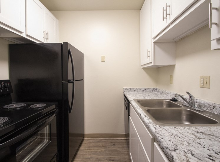This is a photo of the kitchenin a 849 square foot 2 bedroom, 2 bath apartment at Park Lane Apartments in Cincinnati, OH.