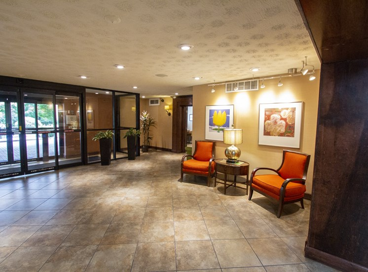 This is a photo of the entrance lobby at Park Lane Apartments in Cincinnati, OH.