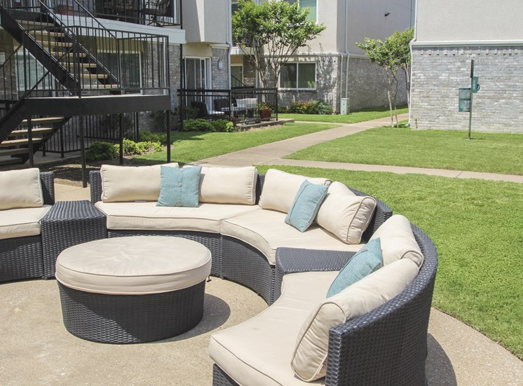 This is a photo of the grounds showing some outdoor furniture at The Summit at Midtown in Dallas, TX.