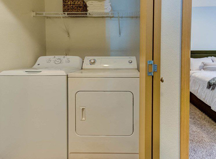 apartment-laundry1100x700