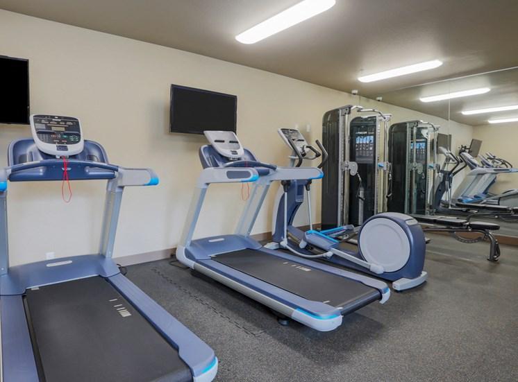 24-Hr Fitness Center