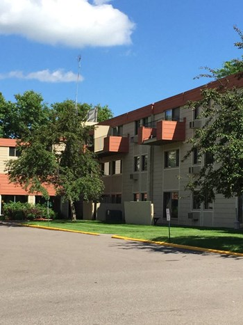 1276 Wilson Avenue 1-2 Beds Apartment for Rent Photo Gallery 1