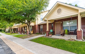 1350 Wonder World Drive 2-3 Beds Townhouse for Rent Photo Gallery 1