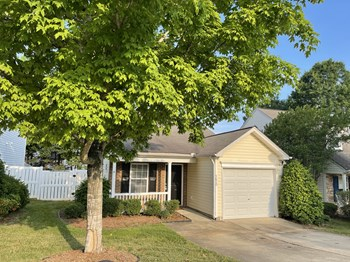 5620 Sorrell Crossing Drive 2 Beds House for Rent Photo Gallery 1