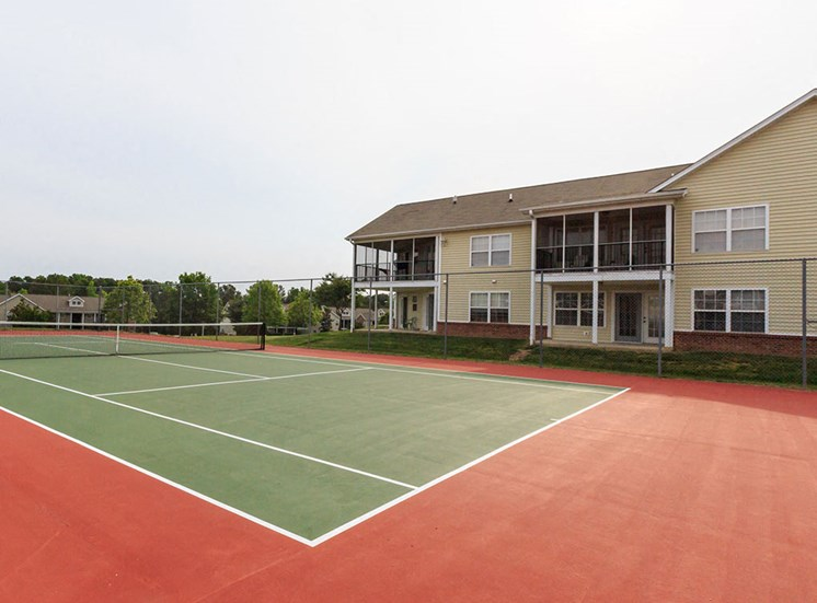 Tennis Court at Crosstimbers Apartments