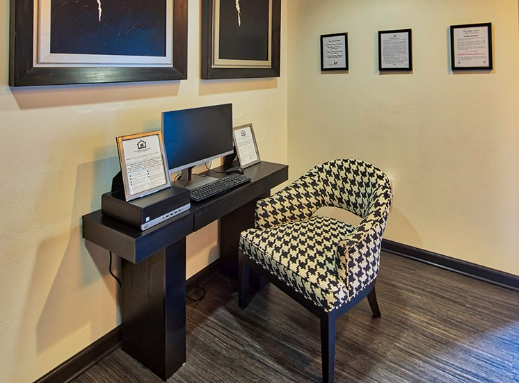 Business Center at Rental Townhomes in Richmond