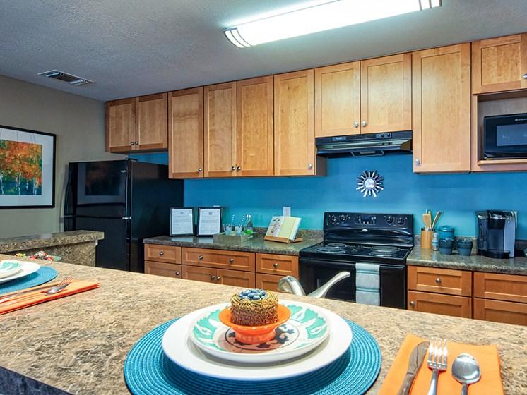 Model_Kitchen_Smiths_Landing_Apartments